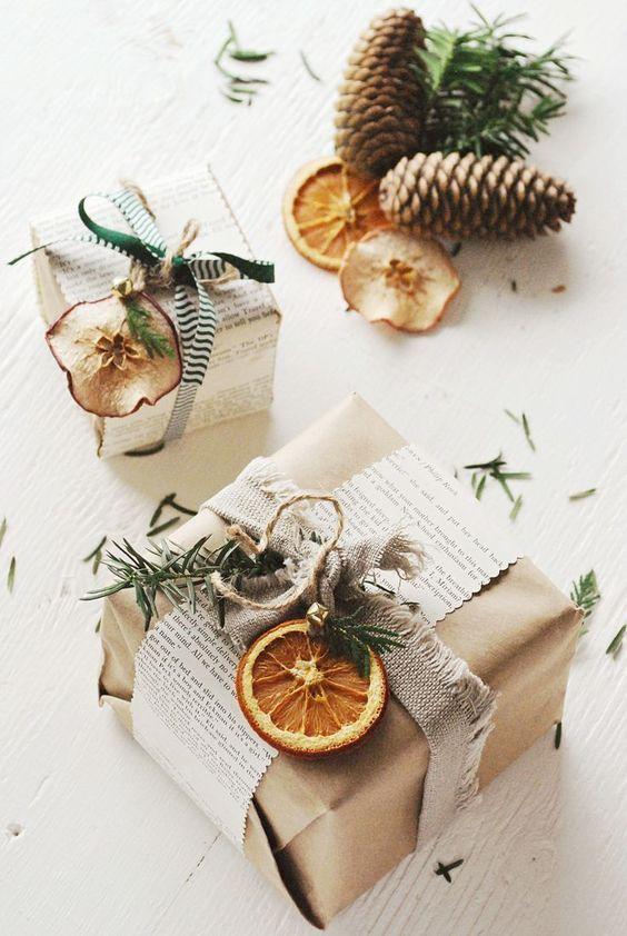Dovanos dekoravimas džiovintais vaisiais