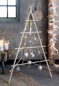 Netradicinė Kalėdų eglė