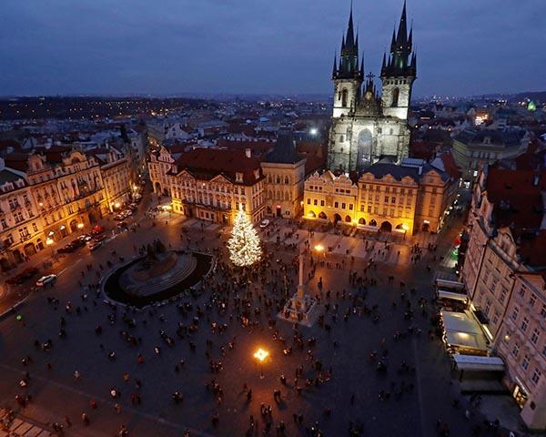 Prahos Kalėdų eglė